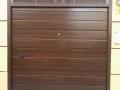 Puerta seccional madera liso