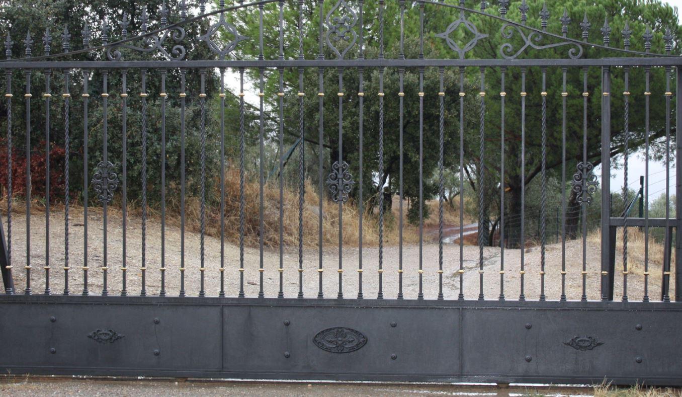 Puertas Correderas Automáticas Úbeda - Magosa
